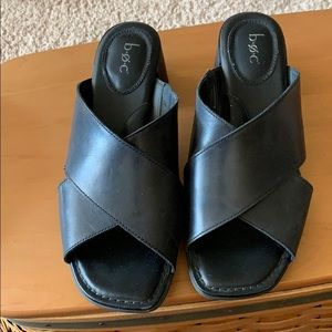 Like new black leather Boc slide sandals